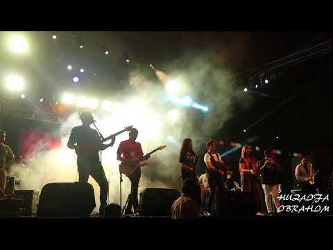 Ali Zafar Live Concert Singing Item number