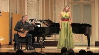 Luna Llena Duo - O Paese D'O Sole (Live)