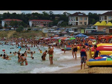 Вдоль побережья Черного моря по пляжу Учкуевки