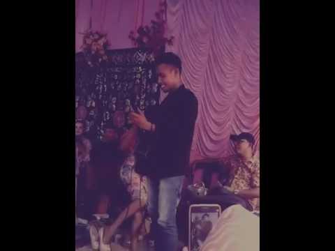 Fildan DA4,nyanyiin lagu india