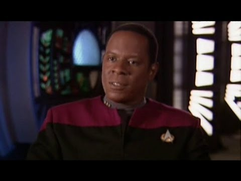 Avery Brooks : Who is Benjamin Sisko?