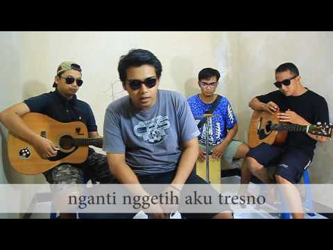Coldplay - Hymne for the Weekend cover akustik bahasa jawa by Pentul Kustik
