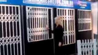видео Решетки на окна из металла для дачи купить в  Москве, цены на изготовление и монтаж кованных оконных решеток