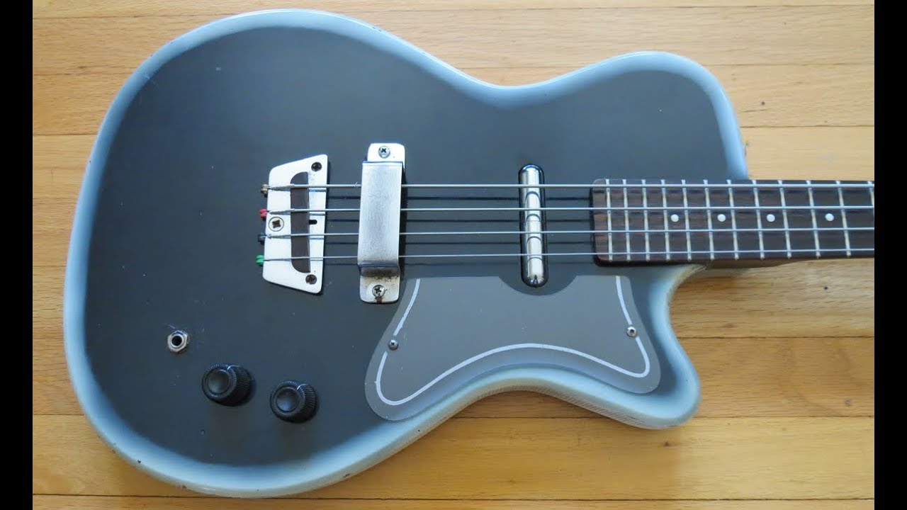 vintage guitar of the week 1965 danelectro silvertone 1444 bass pickup fix discussion  [ 1280 x 720 Pixel ]
