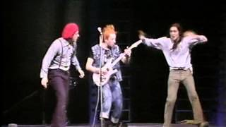 THE YOUNG ONES: Living Doll with Cliff Richard (Live Aid