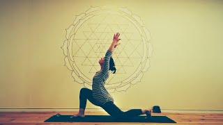 "Yogastunde-3 Mittelstufe Thema ""Chakras"""
