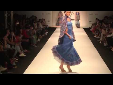 POONAM DUBEY India Fashion Week Spring Summer 2016