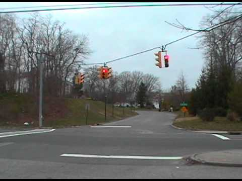 Why I Think Span Wire Traffic Lights Are Better - YouTube