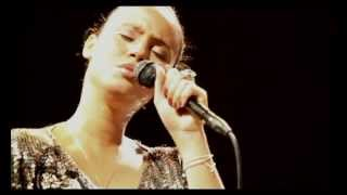 Mayra Andrade - La Javanaise (Live Studio 105)