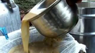 .Виноградный сок с мякотью -переработка,закатывание.grape juice