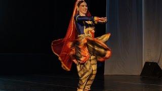 O Re Piya, Aaja Nachle, Superb dance by Russian girls, Rahat Fateh Ali Khan, Biru, Биру, Магия Индии