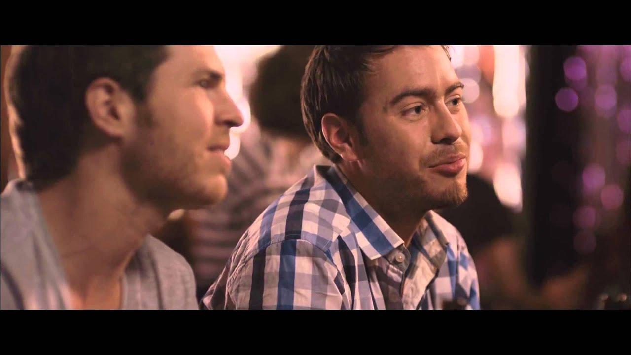 Barcelona, noche de verano - Trailer en español (HD)