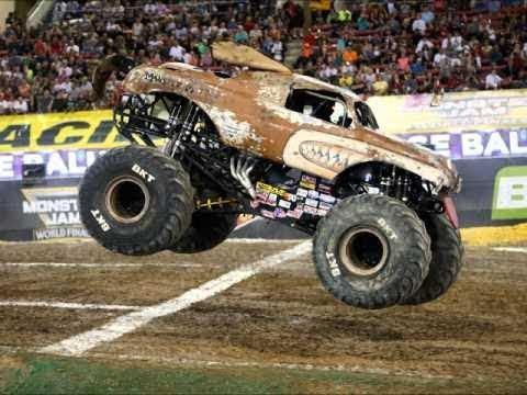 Monster Truck Dog >> Monster Jam Monster Mutt Junkyard Dog Highlights