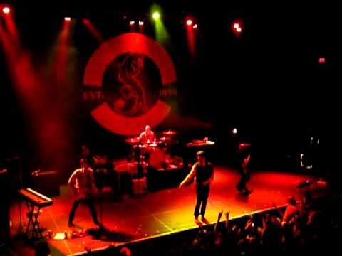 Taking Back Sunday  - Liar  (it takes one to know one) : Live