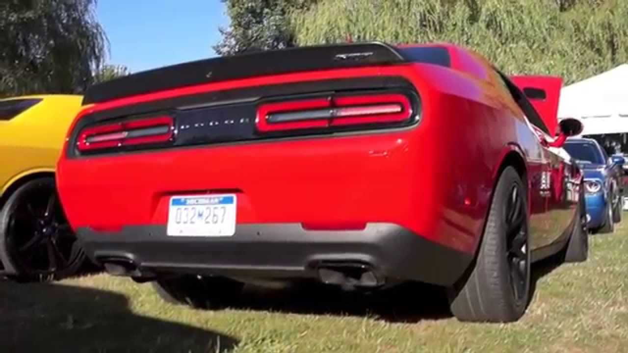 Dodge Challenger Hellcat Revs And Exhaust Sound Youtube