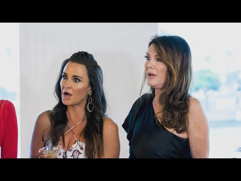 Lisa Vanderpump Says Friendship With Kyle Richards Hits a Bump This Season on 'RHOBH' Exclusive