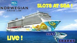 🎰 LIVE Casino Slots from Sea 🦈 Norwegian Getaway 🛳