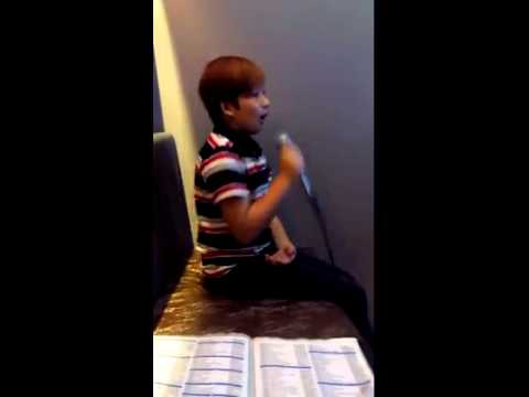 Sia\'s Chandelier cover of Noah Anthony Anderson (The Voice Kids ...