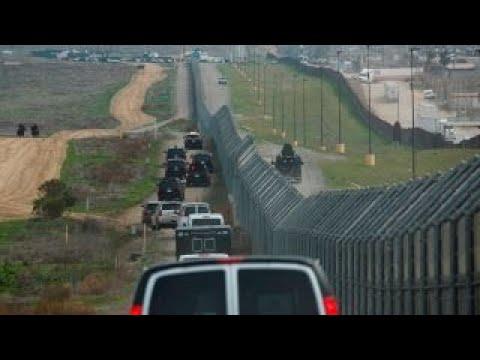 Migrant caravan approaches US border
