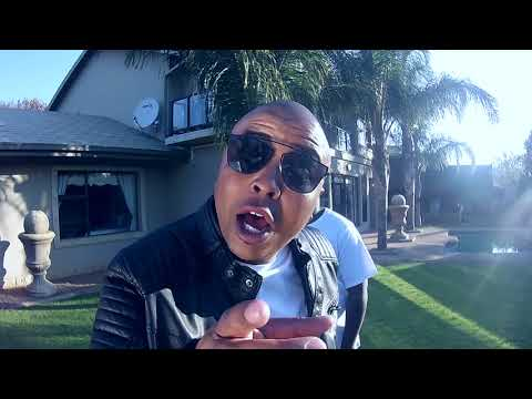 John Beat - Ngob'Uyahamba ft Andrea de Beatboxer [Official Music Video]