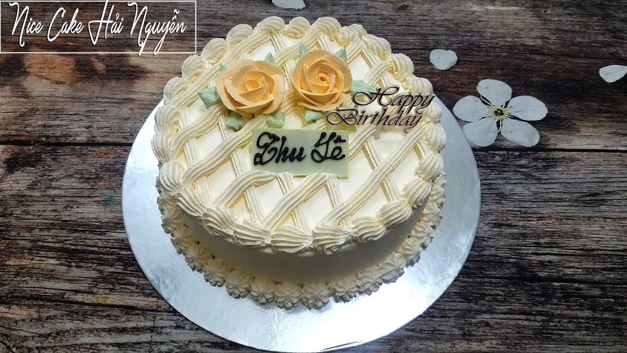 Bánh Sinh Nhật Trang Trí Nhẹ Nhàng Và Tinh Tế – Simple Birthday Cake Decoration