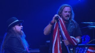 Lynyrd Skynyrd: One More for the Fans (Trailer) thumbnail