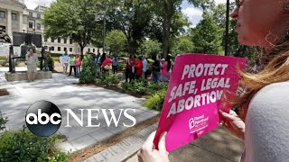 federal-judge-blocks-law-making-mississippi-abortions-illegal