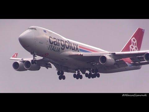 Cargolux Italia Boeing 747-400F Foggy landing @ Milan MXP Airport