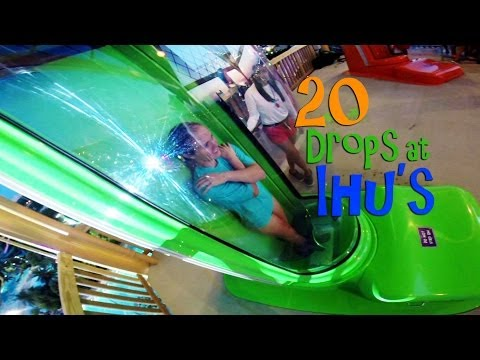 20 Drops at Ihu's Breakaway Falls - Aquatica SeaWord's Waterpark