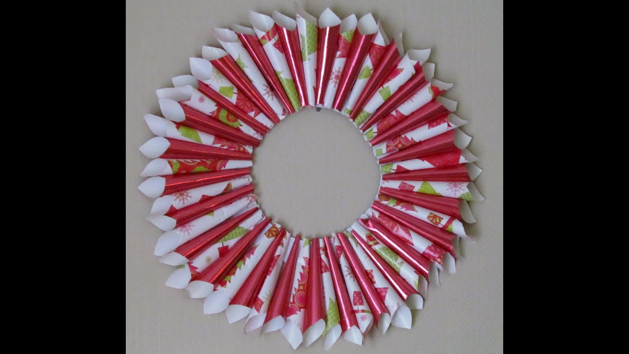 How to make a gift wrap holiday wreath - YouTube