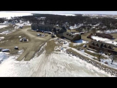 Midwest outdoors tv show 1607 ice adventure at devil for Devils lake nd ice fishing