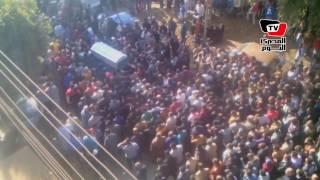 تشييع جنازة المستشار وائل شلبي.. والأهالي يرددون: «الشهيد حبيب الله» (فيديو)   المصري اليوم