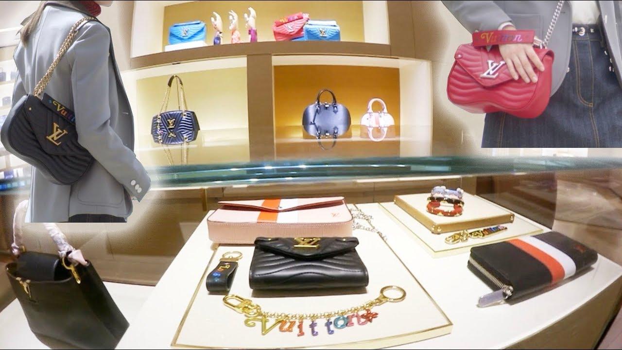 97f55d4eaeca First Look - Louis Vuitton NEW WAVE MM Bag + Mini Louis Vuitton Luxury  Shopping Vlog