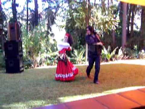 Dança Cigana Aflamencada com os dançarinos Juan Vi...