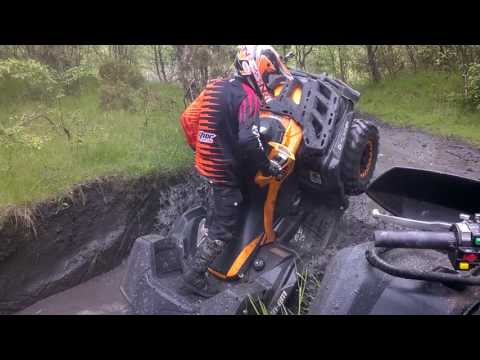 Can Am Outlander xtp 1000 stuck