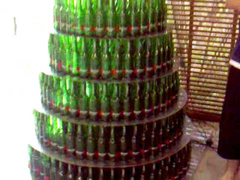 Crazy beer bottle christmas tree with lights 430 for How to make a beer bottle christmas tree