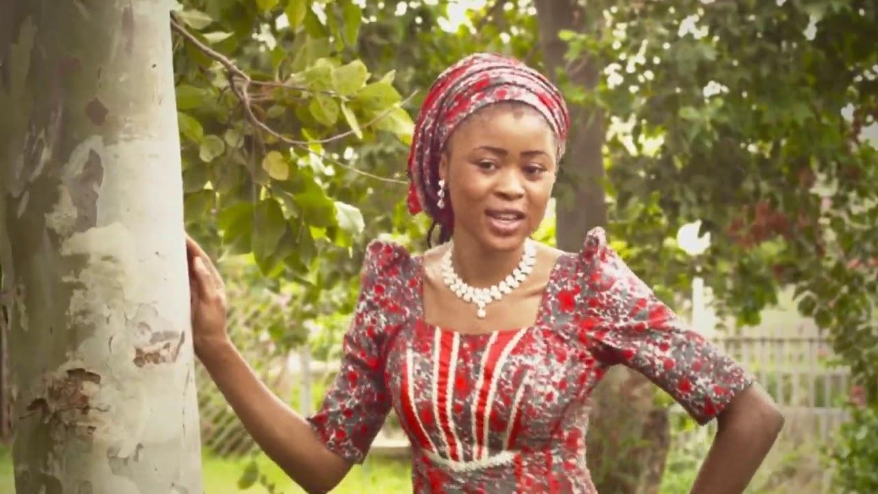 Download Basaja Takun Karshe Hausa song [ KOMAI YA YI FARKO]