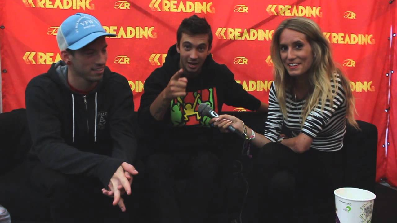 46a4110ad363 Twenty One Pilots Interview - Part 1 - Reading Festival 2013 - YouTube