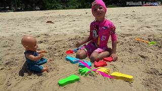 Baby Doll and Milusik Lanusik Playing with Sand molds Toys