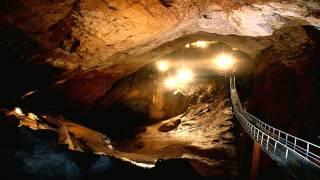 Абхазия Новый Афон Пещера июль 2015(Подземный мир и мир души в этом одном маленьком фильме..., 2015-08-04T16:42:09.000Z)