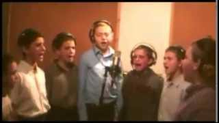 Shira Chadasha Boys Choir ~ Az Yashir