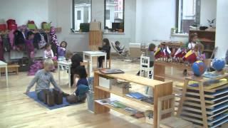 Фото Montessori Class At Work / Монтессори класс за работой