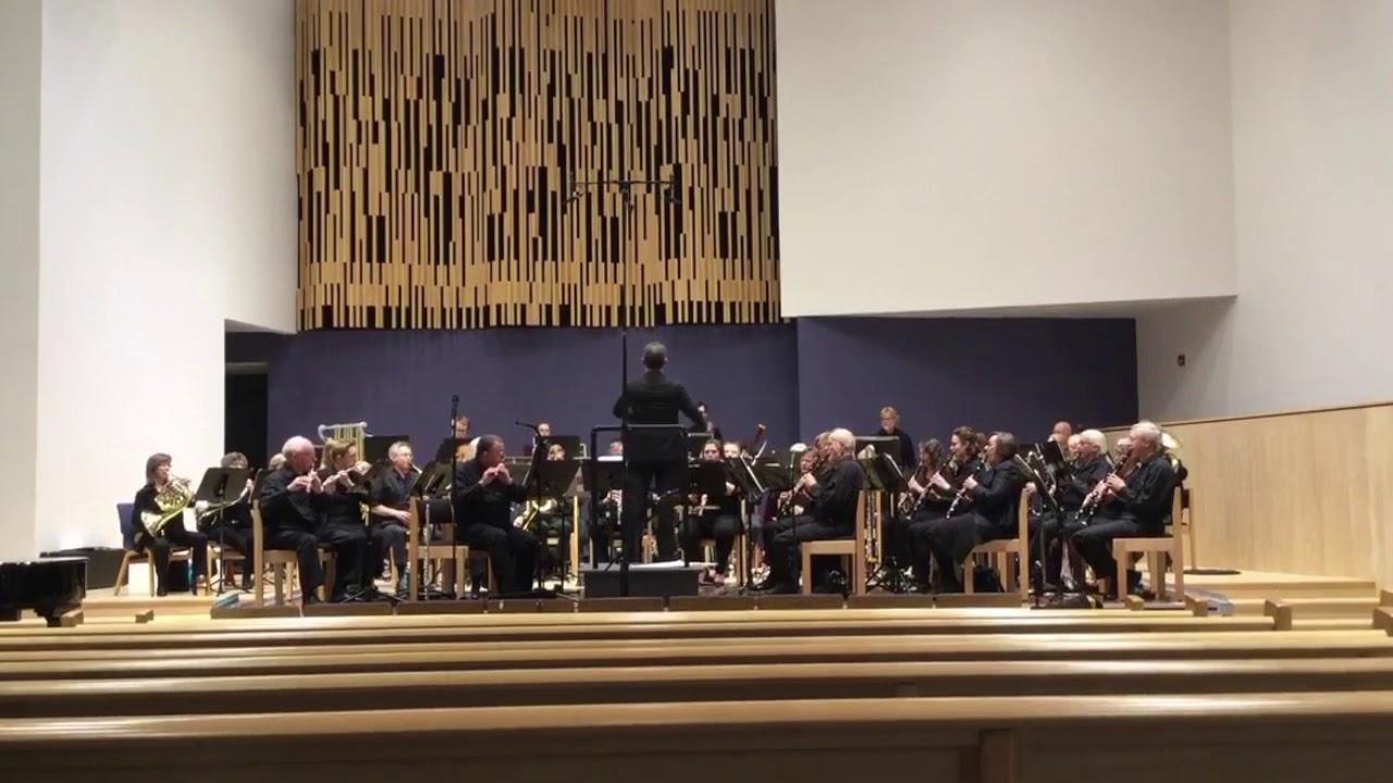 加拿大香港人指揮家領導樂團演奏《願榮光歸香港》 - YouTube