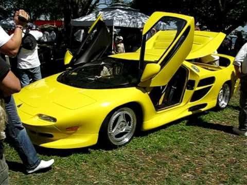 1996 Vector M12