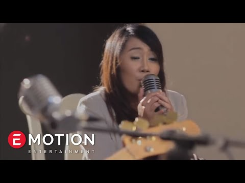 Cassandra Band - Cinta Terbaik (official Video Clip)