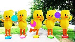 공 색깔 놀이 인기 동요 Learn colors with balls for kids | Five little babies jumping on the bed song