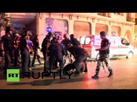 Lebanon: Police beat and arrest demonstrators in Beirut