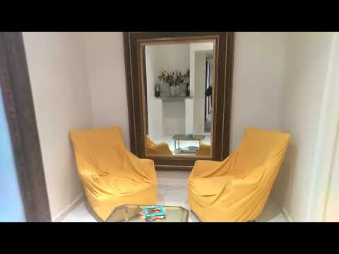 NAPLES, ITALY: Lord Byram Charm Vacation Home