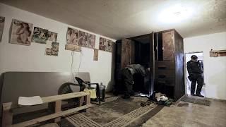 Policía Encuentra Un Túnel Bajo Esta Casa Que Los Lleva A Una Ridícula Sorpresa