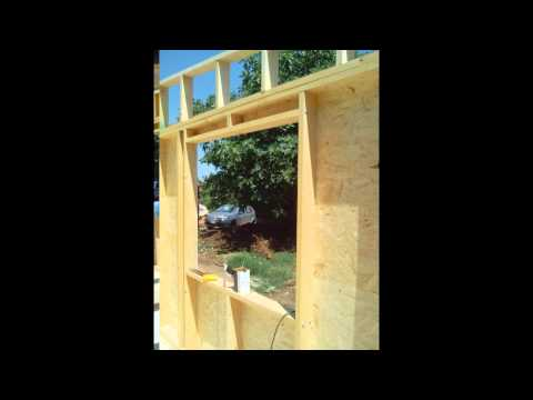 costruire parete di legno : Costruzione di una stanza in legno FAI DA TE. - YouTube